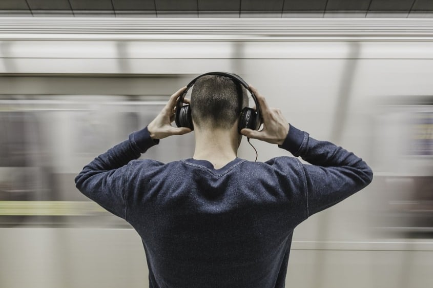 Are Noise Cancelling Headphones Safe for ears