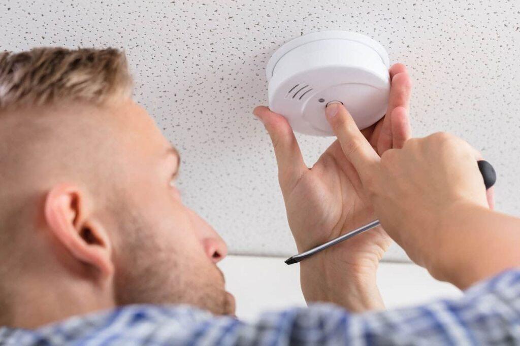 how to silence your smoke alarm