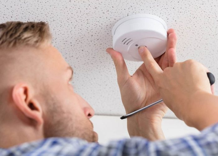 How To Silence Your Smoke Alarm Easily In 3 Steps